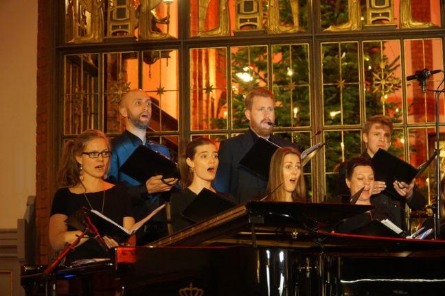 Uranienborg Vokalensemble (dirigent: Elisabeth Holte)